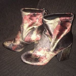 NWOT dark floral velvet feel/look boots- AmaZING